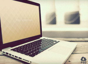 Free-Vintage-Macbook-photorealistic-mockups