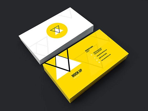 Freebie-Business-Card-Mockup-PSD