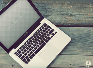 Vintage-Macbook-photorealistic-mockups