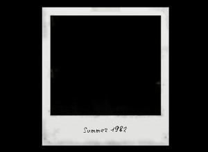 Free-PSD-Polaroid-Photo-Frame